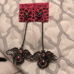 Adorable Betsey Johnson Earrings.